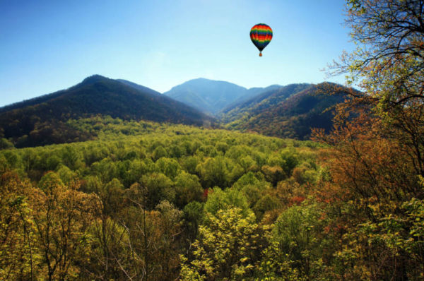 asheville adventure activities - hot air ballooning